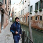 Einer von 30 Millionen Besuchern pro Jahr. - Gebäude, Kanäle, Personen, Wasser - WEISSINGER Andreas - (Venedig, Venezia, Veneto, Italien)