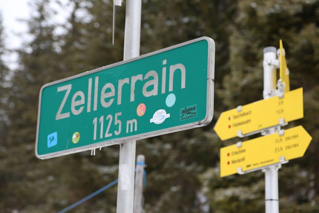 Ideale Ausgangslage - Ankünder, Gemeindealpe, Schild, Schneeschuhwandern, Tafel, Wegkreuz, Wegweiser, Zellerrain - (Taschelbach, Sankt Sebastian, Steiermark, Österreich)