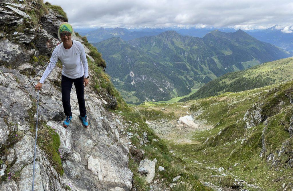 Im Anhalten bin ich ganz stark - Gebirge, Giglach Höhenweg, Himmel, Panorama, Person, Personen, Schiedeck, Schladminger Tauern, Wandern, Weg, Wolken - HOFBAUER-HOFMANN Sofia - (Postlehen, Klaus, Steiermark, Österreich)