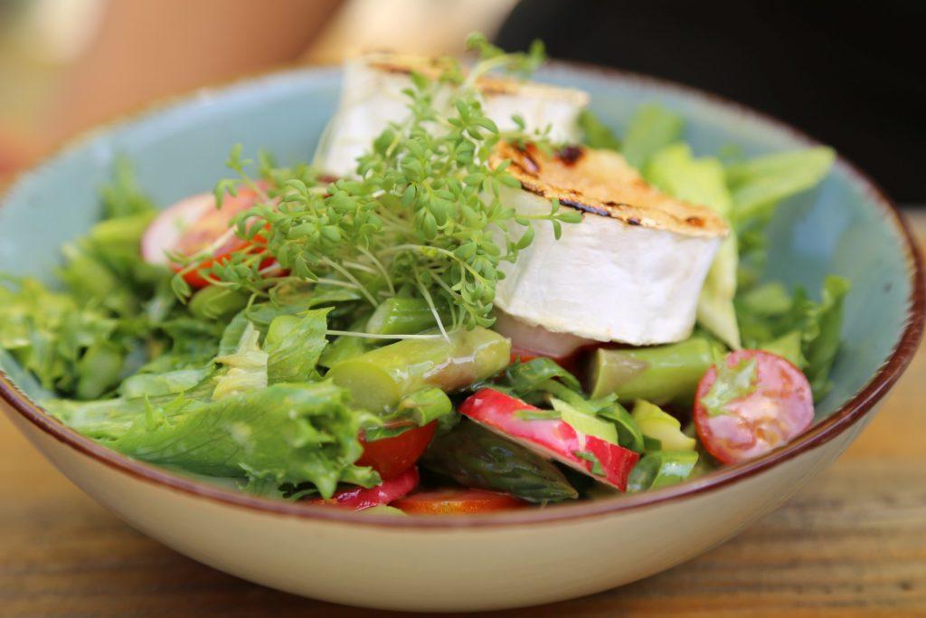 Da haben wir den Salat - Muckenkogel, Salat, Spargelsalat - (Schrambach, Stangental, Niederösterreich, Österreich)