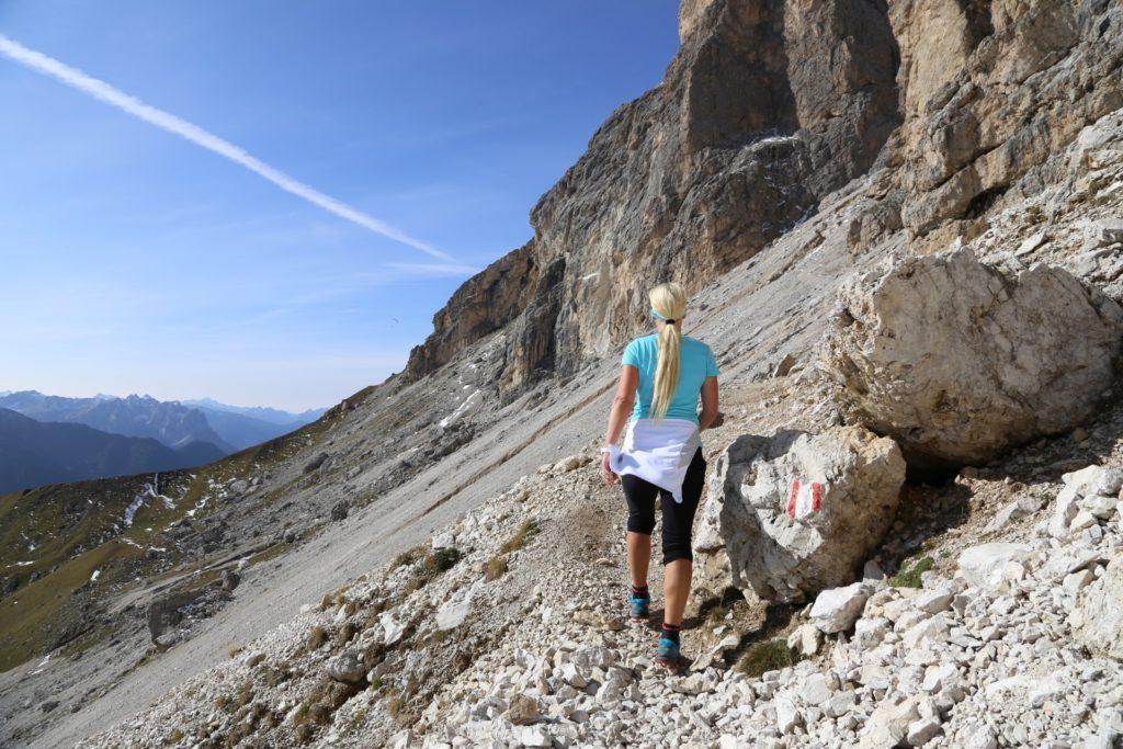 Mein blondes Seil hab ich zur Not immer dabei! - Berge, Dolomiti, Gebirge, Grödner Dolomiten, Landschaft, Langkofel, Langkofelgruppe, Langkofelrunde, Langkofelscharte, Natur, Passo Sella, Personen, Sellajoch, Südtirol, Tal - HOFBAUER-HOFMANN Sofia - (Fossel, Campitello Di Fassa, Trentino-Alto Adige, Italien)