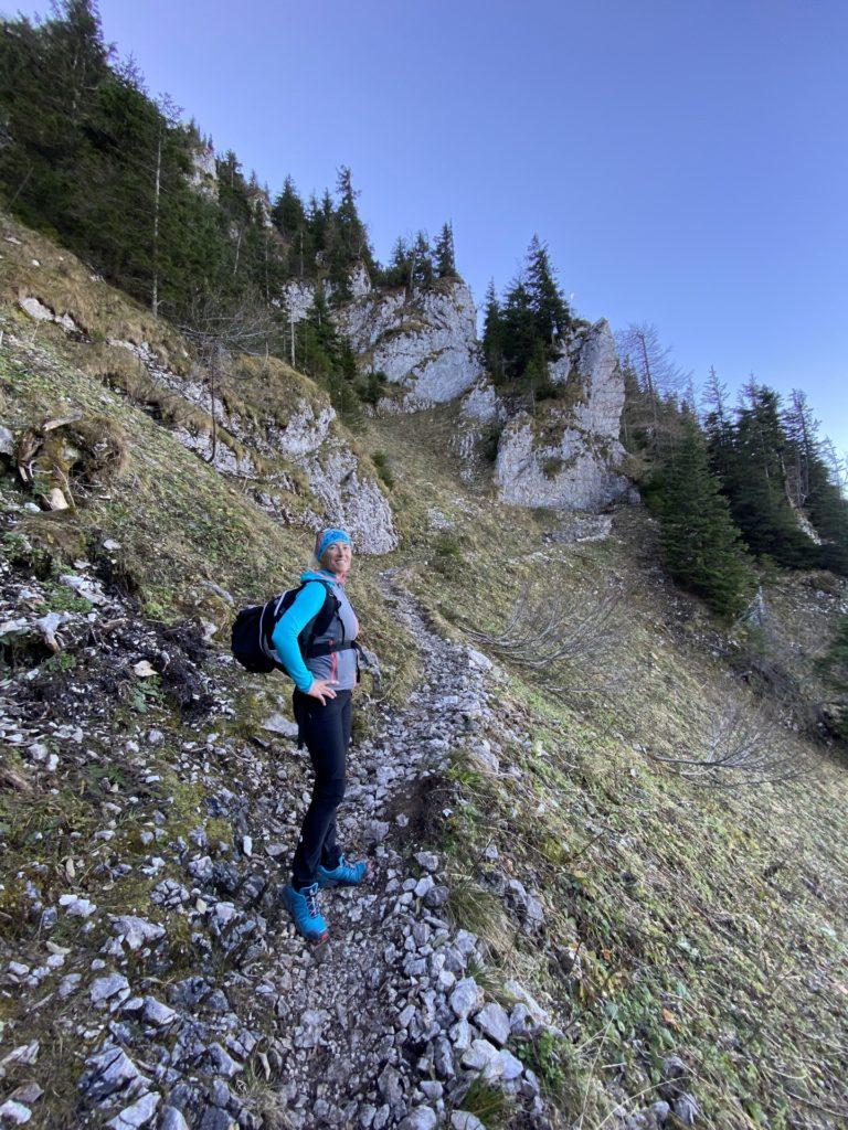 Treibsteig is a Highlight - Berg, Felsen, Felswand, Gebirge, Gippel, Mürzsteger Alpen, Personen, Pfad, Pose, Positur, Treibsteig, Wanderweg, Weg - HOFBAUER-HOFMANN Sofia - (Gschaidl, Kernhof, Niederösterreich, Österreich)
