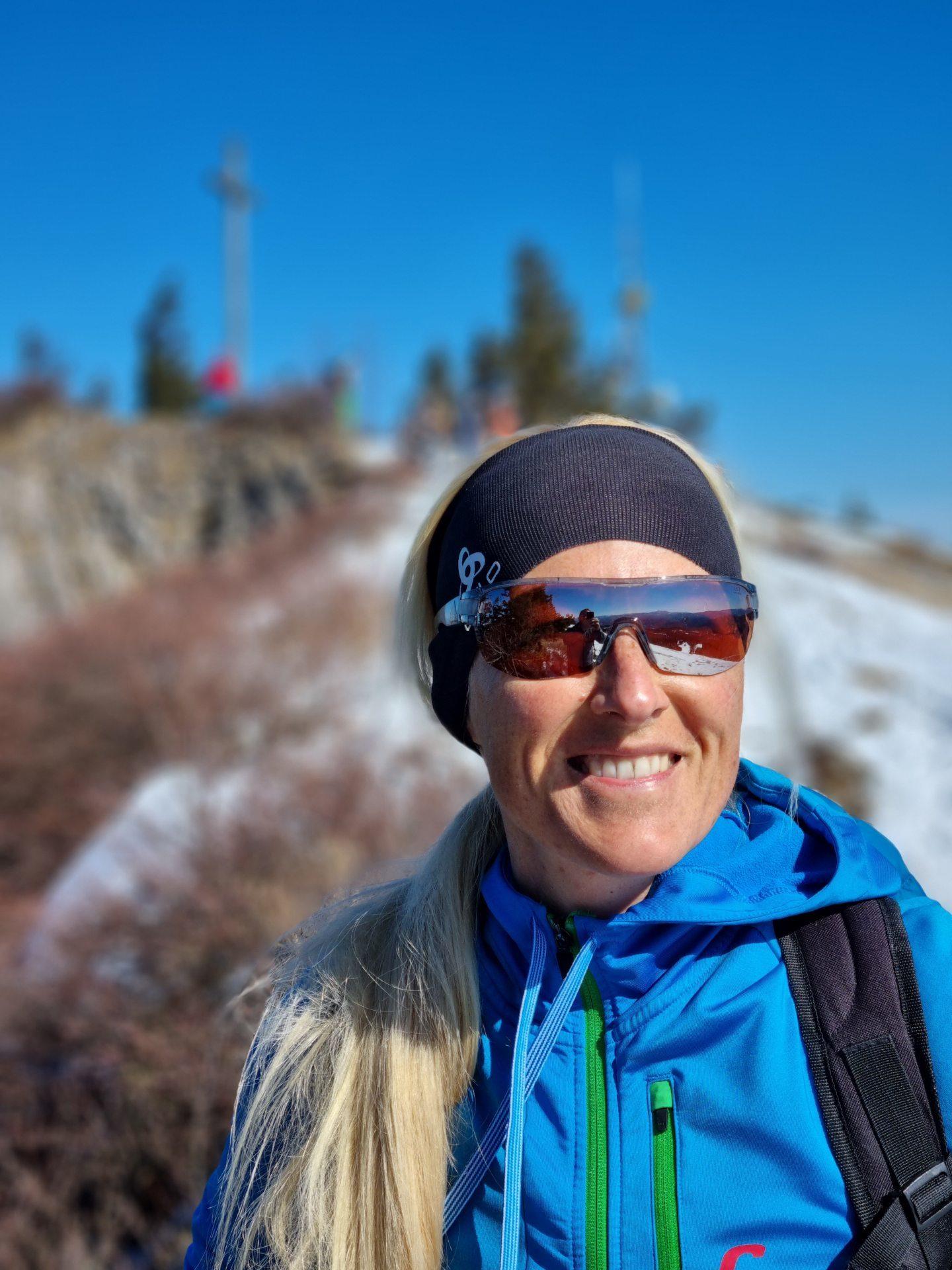 Gib mir ein Stück vom Gipfelglück - Gipfel, Himmel, Kaiserwetter, Personen, Portrait, Porträt, Ramsau, Schnee, Unterberg, wolkenlos - HOFBAUER-HOFMANN Sofia - (Adamsthal, Kieneck, Niederösterreich, Österreich)