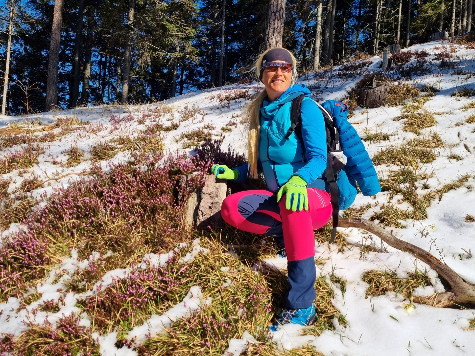 Blumenmädchen spiel ich gerne - Erica, Natur, Personen, Pflanzen, Portrait, Porträt, Ramsau, Schnee, Unterberg - HOFBAUER-HOFMANN Sofia - (Adamsthal, Kieneck, Niederösterreich, Österreich)