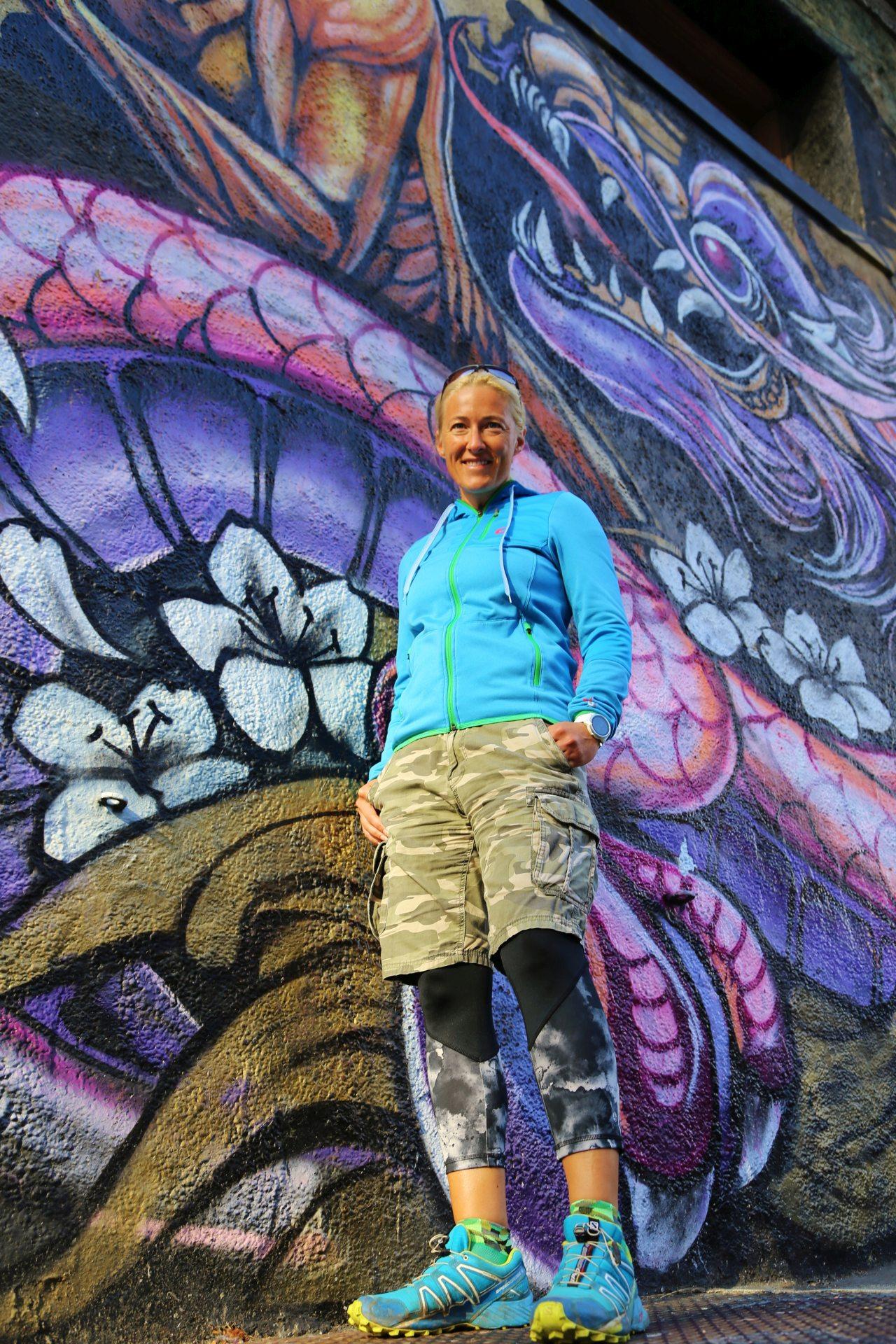 Eines von vielen erlaubten Wandmalereien (Murals) - Blondine, Design, Graffiti, Kalifornien, Kreativität, Kunst, malerisch, Personen, Portrait, Porträt, San Francisco, Sprayer, Wandmalerei - HOFBAUER-HOFMANN Sofia - (Finanzviertel, San Francisco, California, Vereinigte Staaten)
