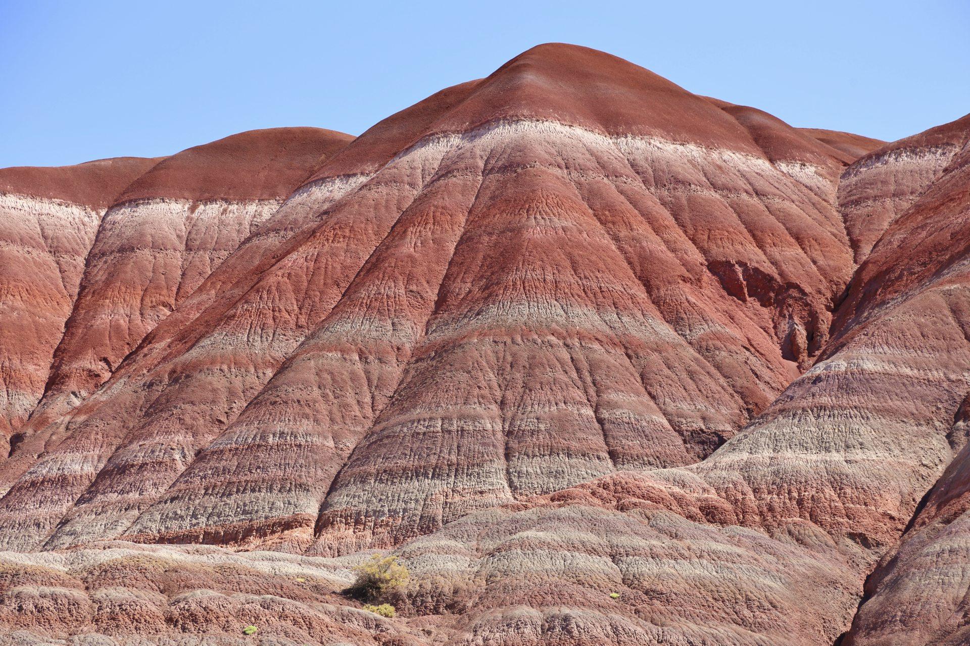 Diese Felsen spielen alle Farben! - Drehort, Farben, farbenfroh, Felsformationen, Felslandschaft, Geologie, Gesteinsschichten, Grand Staircase Escalante National Monument, GSENM, Himmel, Paria, Paria Movie Set, Sandstein, Sandsteinformationen, Utah - (Paria, , Utah, Vereinigte Staaten)